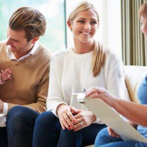دانلود یک جلسه رواندرمانی و خانواده درمانی با رویکرد CBT